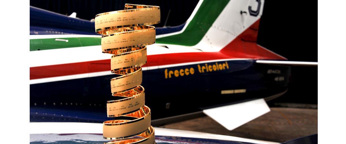 Frecce Tricolori 2020 Calendario.Con Le Frecce Tricolori Si Vola Gia Verso Il Giro D Italia 2020