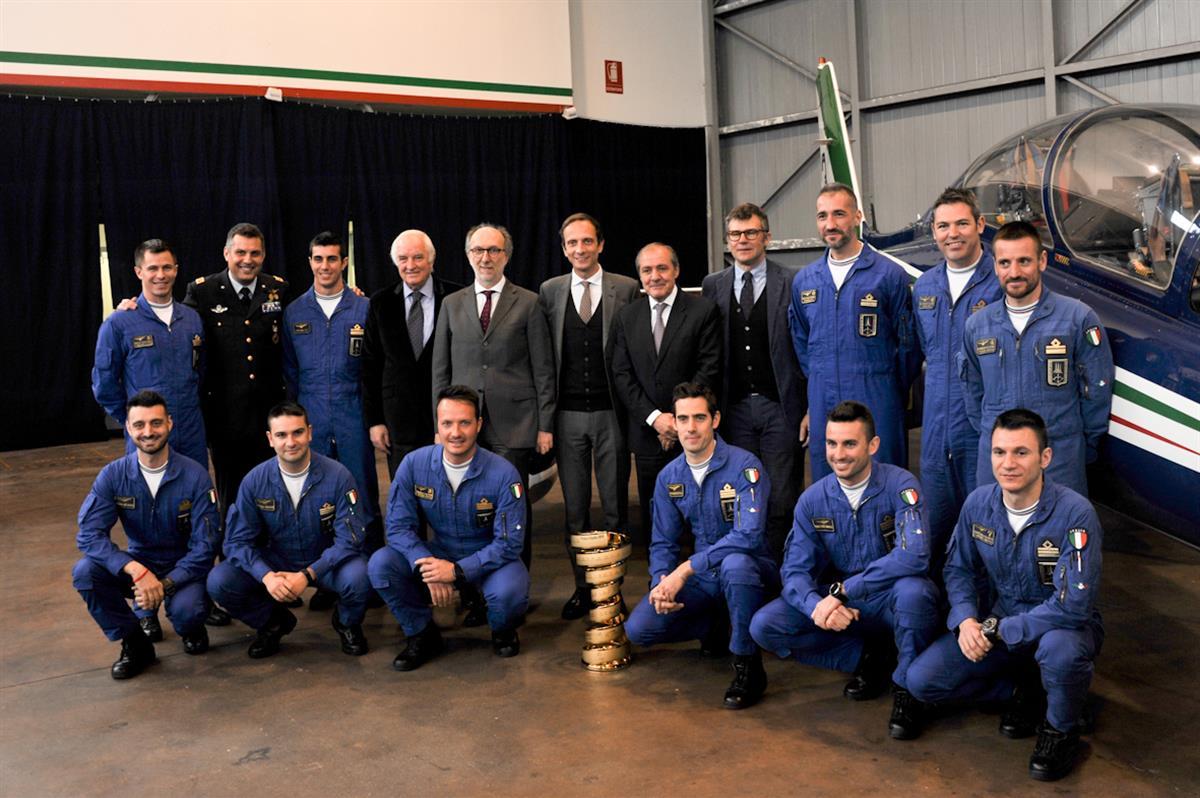 Calendario Frecce Tricolore 2020.Con Le Frecce Tricolori Si Vola Gia Verso Il Giro D Italia 2020